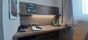 Doppelzimmer Komfort Schreibtisch